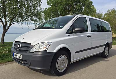 Private car transport by minibus, minivan from Vienna or Vienna Airport - Budapest. - Minibus Shuttle – Mercedes minivan for max. 8 passengers, fully air-conditioned, premium category. Best option for small groups, companies, We recommend this service for hotels, travel agencies, companies to carry out airport transfers or international trips. between Vienna and Budapest. The price can be more reasonable than travelling by train or bus line.