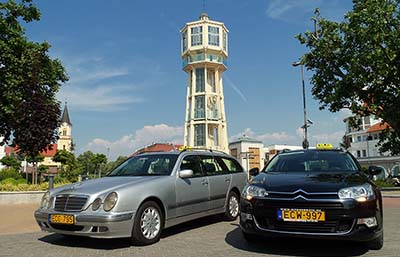 Private car transfers from Vienna city or Vienna Airport to Budapest. - Taxi cab appropriate for maximum of 4 persons, station wagon combi or limousine. We suggest our E-class Mercedes station wagon, Opel Zafira with air-conditioning and big luggage-rack for airport transfers. We accept creditcards in case of prearrangement